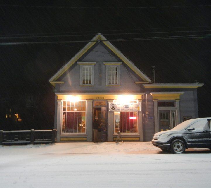 Tall Sips Tavern